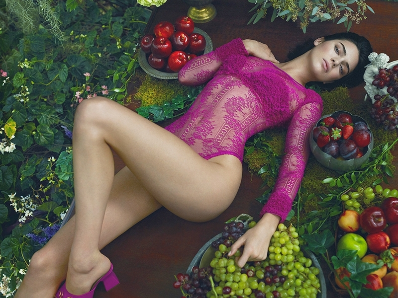 Kendall Jenner crowned as the world's highest-earning model!