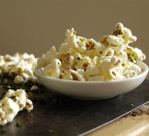 Sweet And Salty Nori Seaweed Popcorn