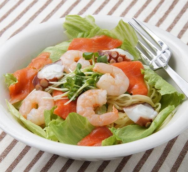Japanese Style Seafood Noodle Salad