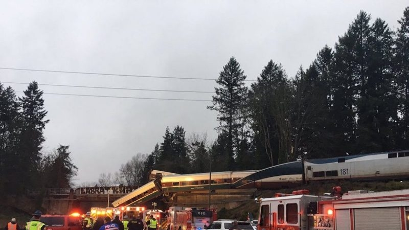 Amtrak train derails in Washington, several injured