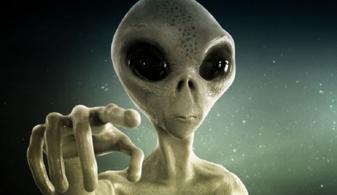 """Alien"" cause delay in filing tax return in UK !!!!"