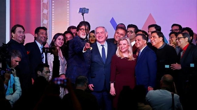 What brought  Aishwarya Rai Bachchan and Vivek Oberoi together is,  Selfie call by none other than the  PM of Isreal, Benjamin Netanyahu!