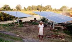 Suryakant Patel irrigating 10 acre land with solar pump