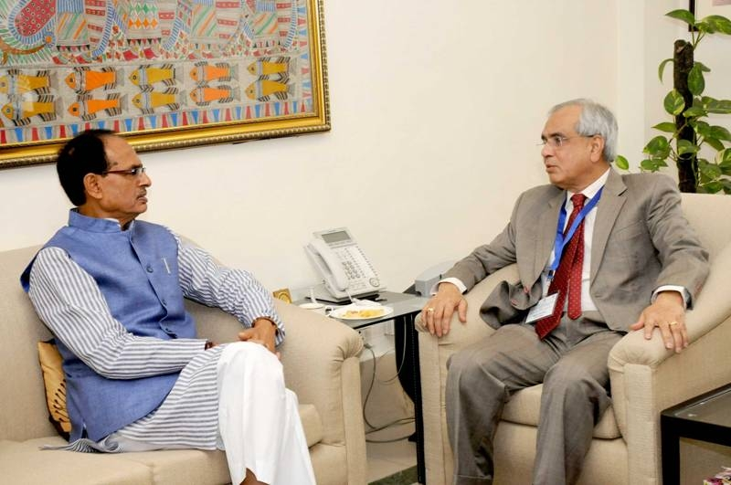 Chief Minister Chouhan Meets Vice Chairman of Niti Aayog Dr. Kumar