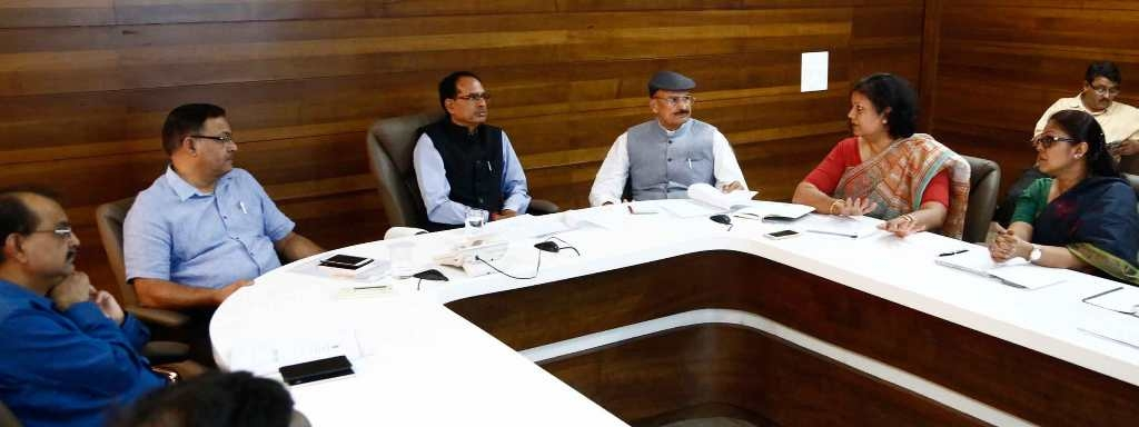 Ensure effective treatment for cancer and heart diseases: CM Chouhan