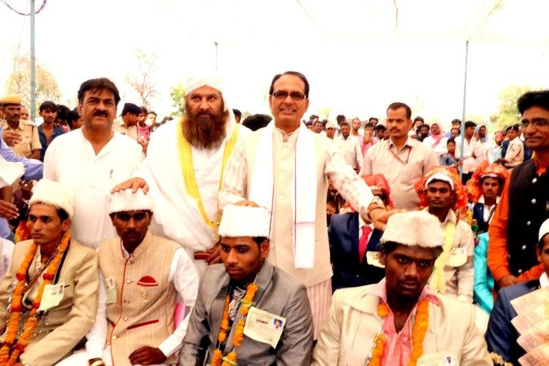 CM Chouhan takes part in mass nikah programme