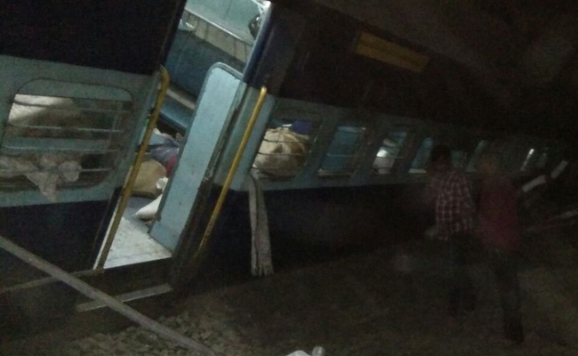 Train derails in MP