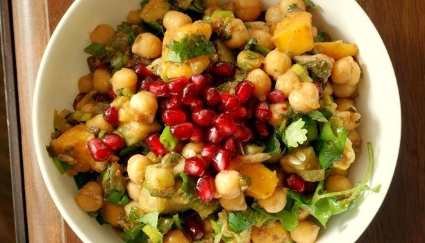 Fruit and Chana Chaat
