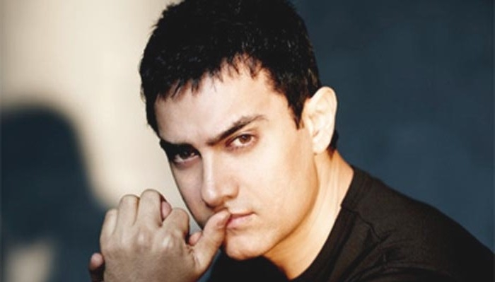 ​The 1993 riot: Aamir Khan had passed the night under the statue of Mahatma Gandhi