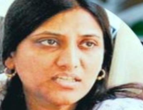 Once again senior IAS officer Deepali Rastogi's 'article bomb'!