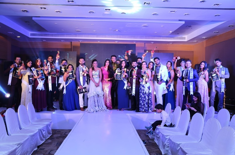 Mr & Ms Pro-Fashional  Season 2 Concludes in Bangalore​  OR ​Professionals​ ​Does Ca​t​walks for Mr & Ms Pro-Fashional ​​