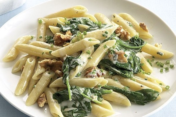 Penne with spinach and Stilton