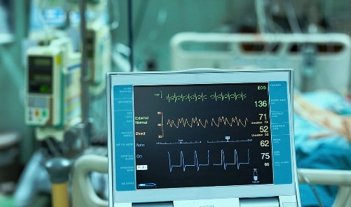 Know the differences between ICU and CCU