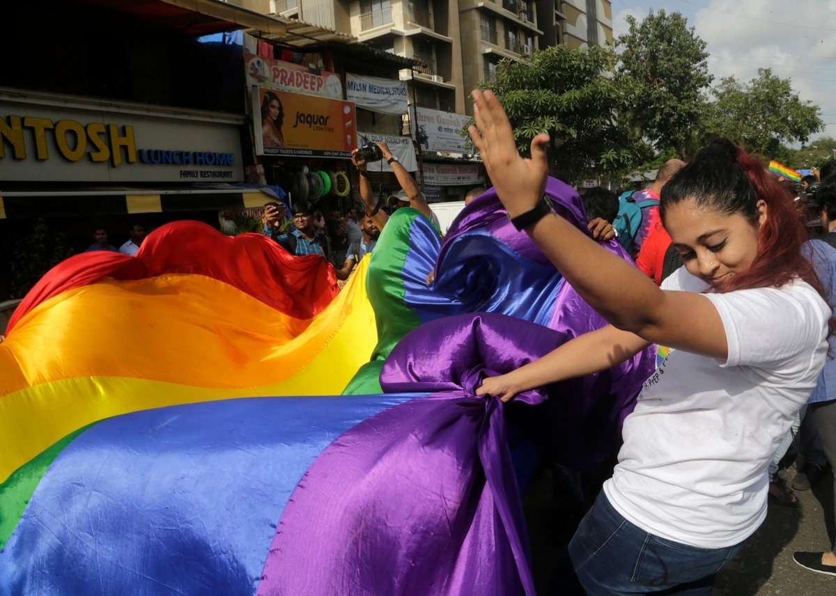 Lesbian couple can live together in Kerala