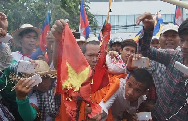 Vietnamese activist to stand trial for insulting national flag