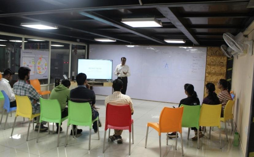 Seminar on Basics of economics for Startup holders 'Economics 101'