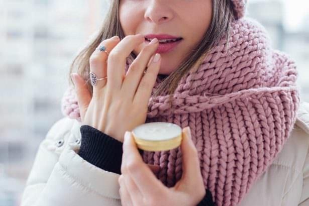 Sebaceous glands in winter