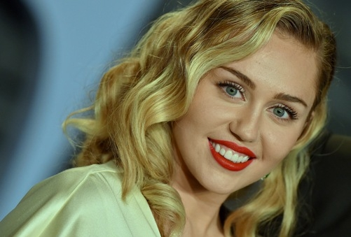 Miley Cyrus is not pregnant