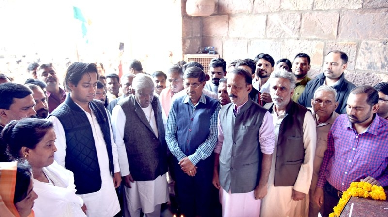 Minister Arif Aqueel inspects ongoing construction works