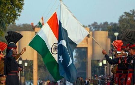 प्रधानमंत्री नरेन्द्र मोदी के 'मास्टर स्ट्रोक' से पाकिस्तान की आर्थिक हालत 'खस्ता'