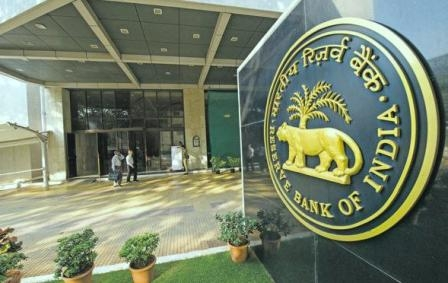 Know why the banks not cutting interest rates on loans?