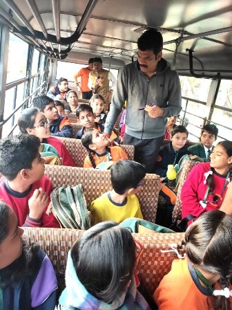 Transport Minister Rajput conducts surprise inspection of school buses