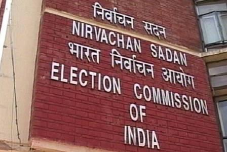 निर्वाचन आयोग और विपक्षी नेताओं के बीच VVPAT-EVM मिलान को लेकर 'तकरार'