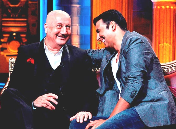 Look what Anupam Kher and Akshay Kumar did last night in Pattaya!