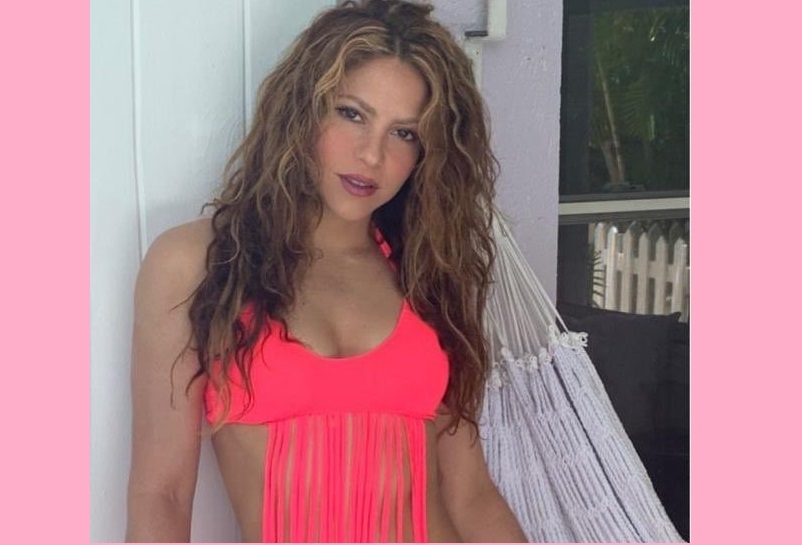 Shakira self designed bathing suit raises temp in summer!