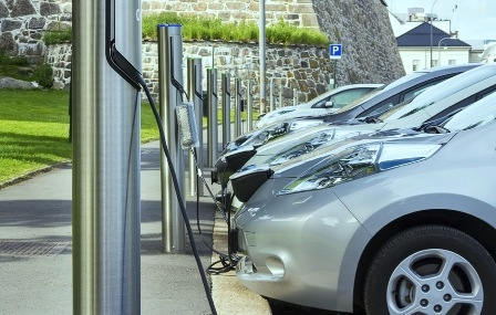 The Government on 'back foot' in case of the electric vehicles