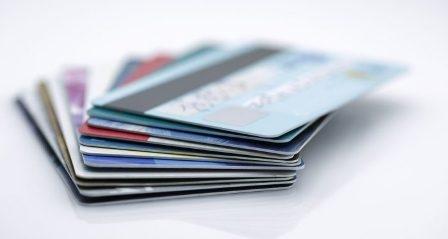 सावधानी और ज़िम्मेदारी के साथ करें क्रेडिट कार्ड का उपयोग
