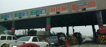Now toll tax to be paid from FASTag without stopping at the toll plaza!