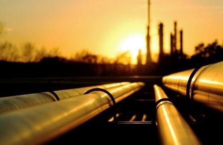 तेज़ी से बढ़ रहे हैं तेल के दाम