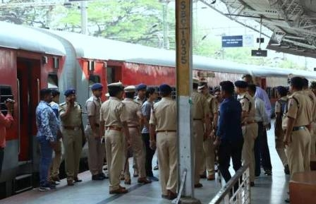 'Third eye' to identify criminals at railway station