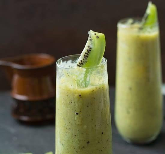 Kiwi Mango Smoothie