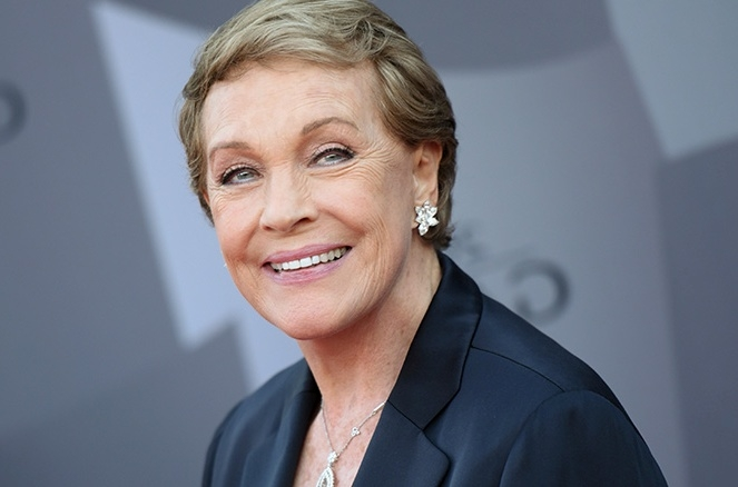 Julie Andrews reveals cocaine offering incident in her memoir