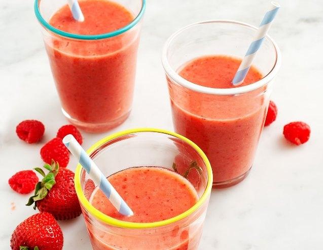 Strawberry-Orange Juice Smoothie