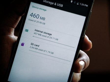 If troubled by mobile phone storage problem, then know the solution