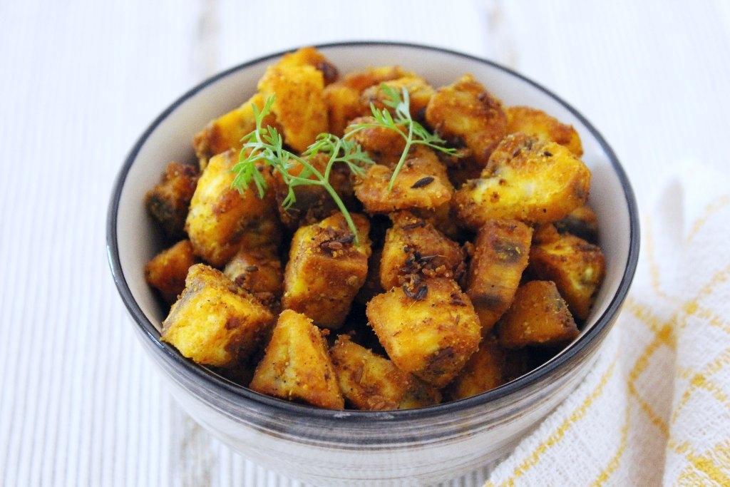 Raw Banana Recipe | Kache Kele Ki Sukhi Sabzi