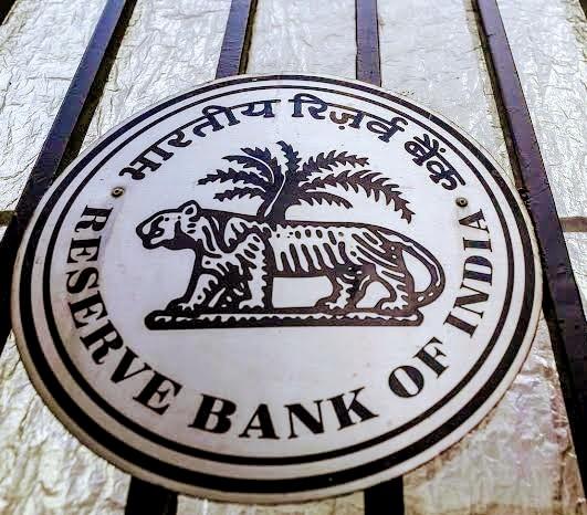 EMI की चिन्ता छोड़ लॉकडाउन के दौरान घर में रहें सुरक्षित; RBI ने जनहित में लिए ज़रूरी फ़ैसले
