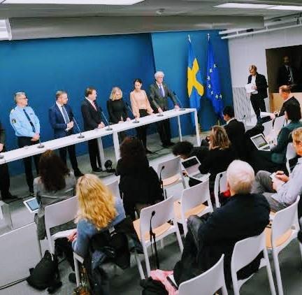 अपने नागरिकों की समझदारी के दम पर कोरोना वायरस से जंग लड़ रहा है स्वीडन