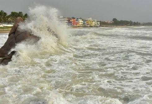 Amphan hits Bengal and Odisha