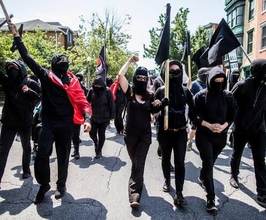 जानिए कौन सा है वह संगठन जिस पर लगा है अमेरिका में हिंसा फैलाने का आरोप
