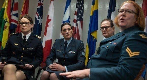 ट्रांसजेंडरों को सेना और पैरामिलिट्री फोर्स में शामिल करने की मांग पर जारी है 'बहस'