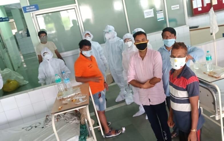 पीपुल्स हॉस्पिटल के अनुभवी डॉक्टर कर रहे कोरोना मरीजों का इलाज