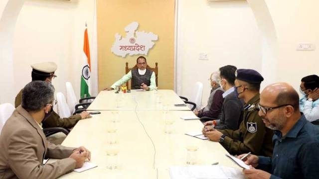 Bhopal should be the model of cleanliness, beauty, development and good governance: CM Chouhan