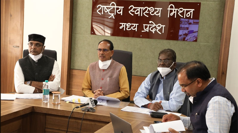 Corona vaccine is safe, make mahabhiyan a success: CM Chouhan