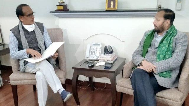 CM Chouhan calls on Union Forest and Environment Minister Prakash Javadekar