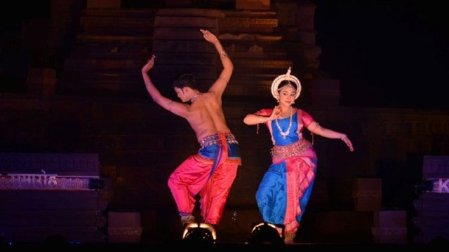 Fourth day of Khajuraho dance fest begins with duet Odissi dance