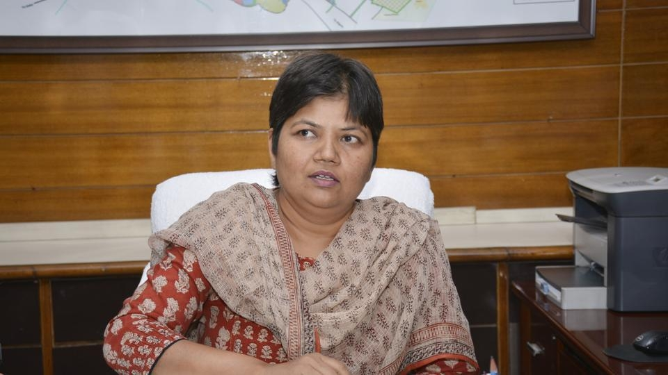 GDA official inspects DMRC project site